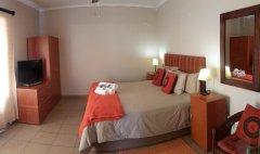 113-on-robberg-room-3-bed.jpg