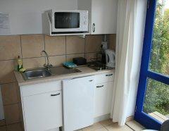 113-on-robberg-room-4-kitchenette.jpg